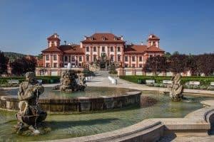 איך מוצאים מלון כשר בפראג?