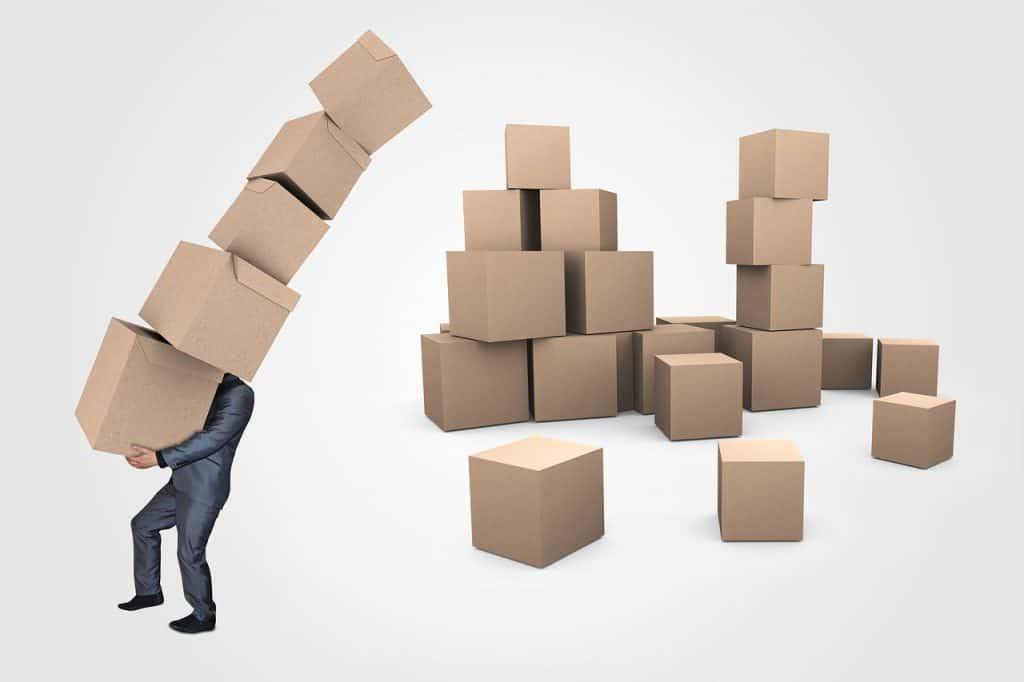 המון קופסאות להובלה