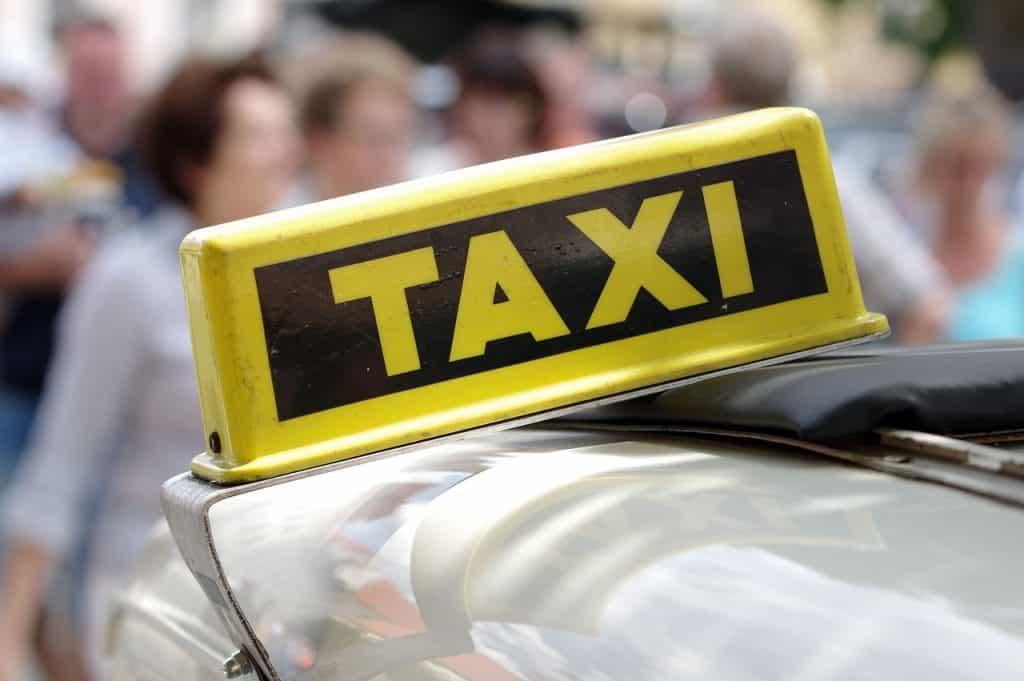 כובע של מונית